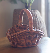 Load image into Gallery viewer, Rattan Oval Dipsided Natural Carry Basket