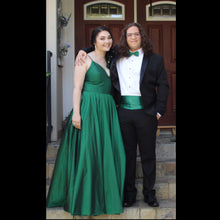 Load image into Gallery viewer, Spaghetti Straps Emerald Green Taffeta Long Prom Dress