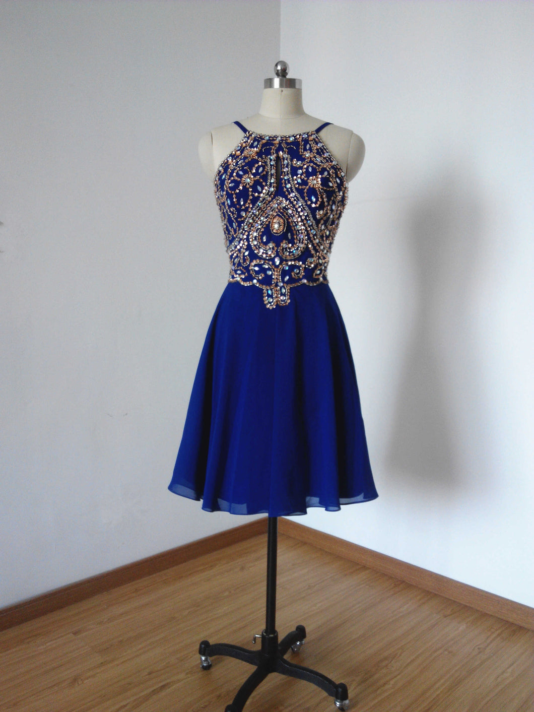 Backless Spaghetti Straps Royal Blue Chiffon Short Homecoming Dress