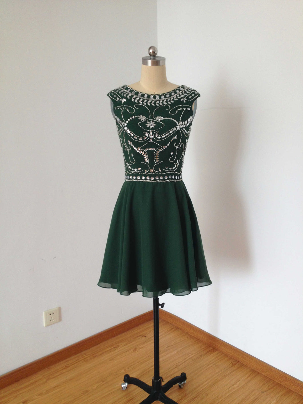 Cap Sleeves Dark Green Chiffon Short Homecoming Dress