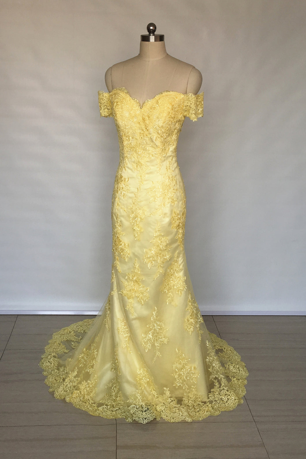 Off Shoulder Sweetheart Yellow Lace Long Prom Dress 2020 Mermaid