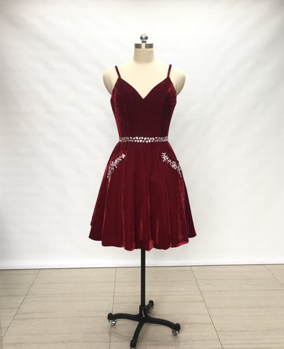 Spaghetti Straps Burgundy Velvet Short Homecoming Dress with Pockets