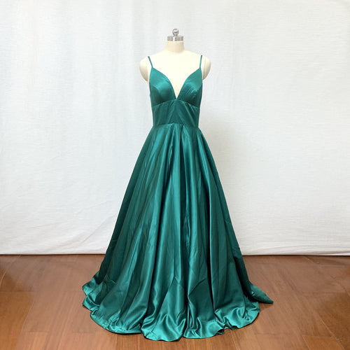 Spaghetti Straps Emerald Green Satin Long Prom Dress 2020 Ball Gown