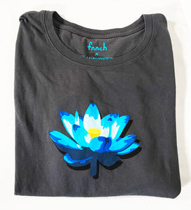 FNNCH 'Lotus Tee' Logo T-Shirt (XXL)