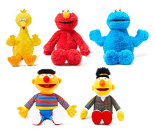 Load image into Gallery viewer, KAWS x Uniqlo 'Sesame Street' 5x-Plush Figure Set