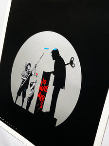 ROAMCOUCH x OTTO SCHADE 'No More Wars' (silver) Screen Print