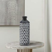 Load image into Gallery viewer, Mazara Black And White Vase