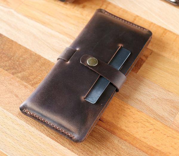 (NEW) Leather Phone Case - Tabea