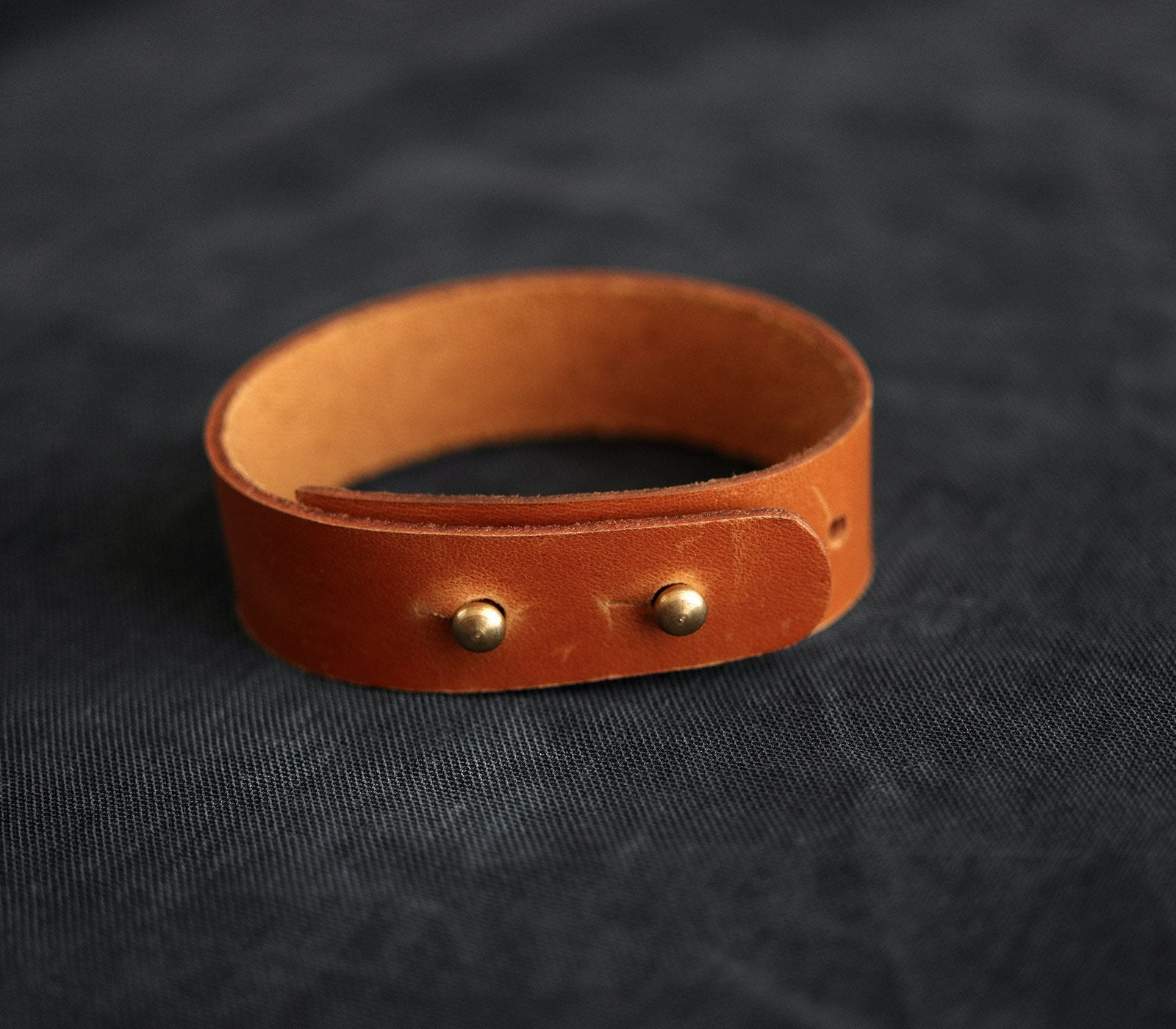 (NEW) Minimalist Leather Bracelet
