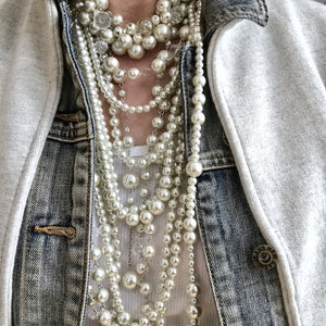 Girls Love Pearls Necklace