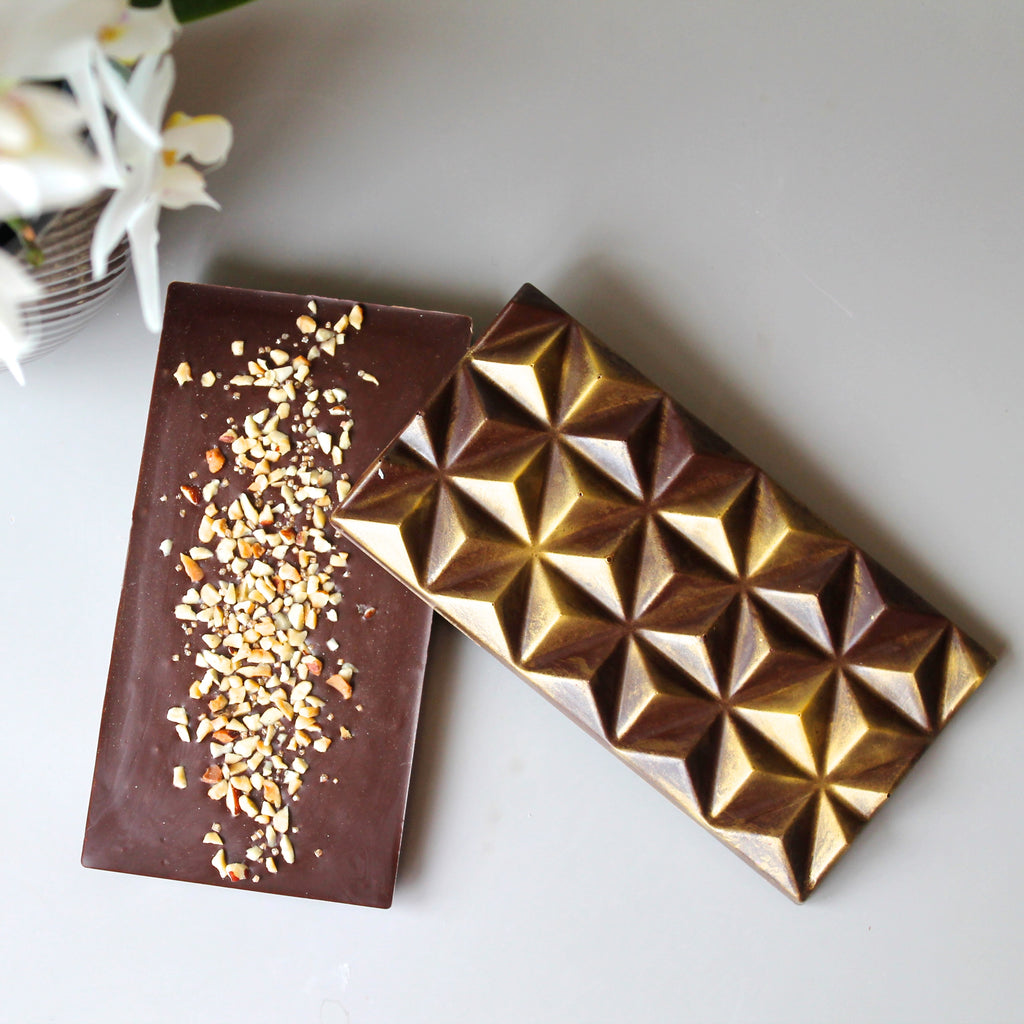 Dark Chocolate Bar With Toasted Hazelnuts - vegan