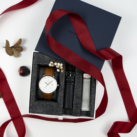 The Greatest Gift of All is the Gift of Giving, image of Nordgreen Gift Bundle open.