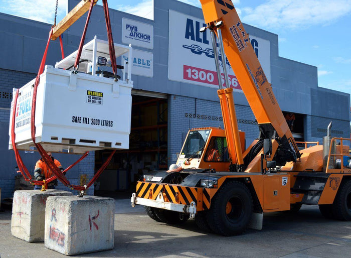 Mobile crane lifting a load - All Lifting