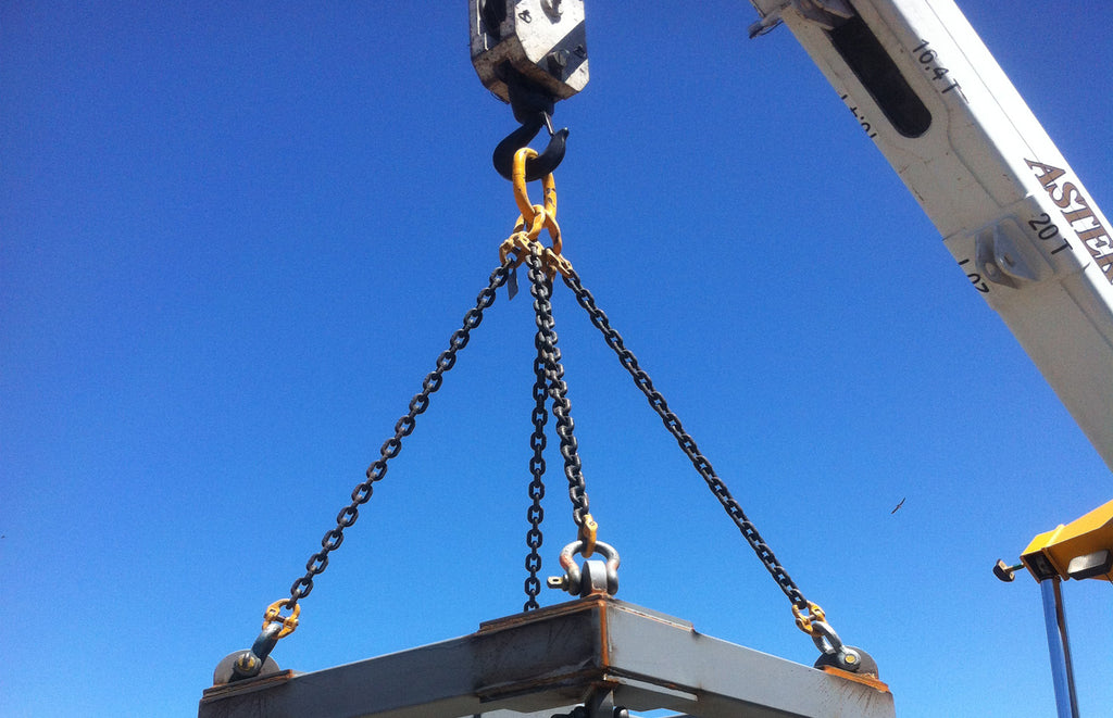 Chain Slings And Mobile Crane - All Lifting