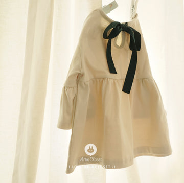 light beige shirring baby T