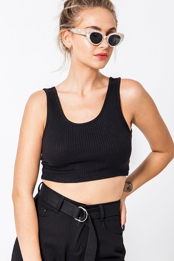 Sccop Neck Crop Top