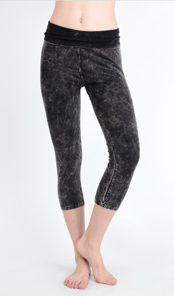 TParty Capri Mineral Wash Leggings