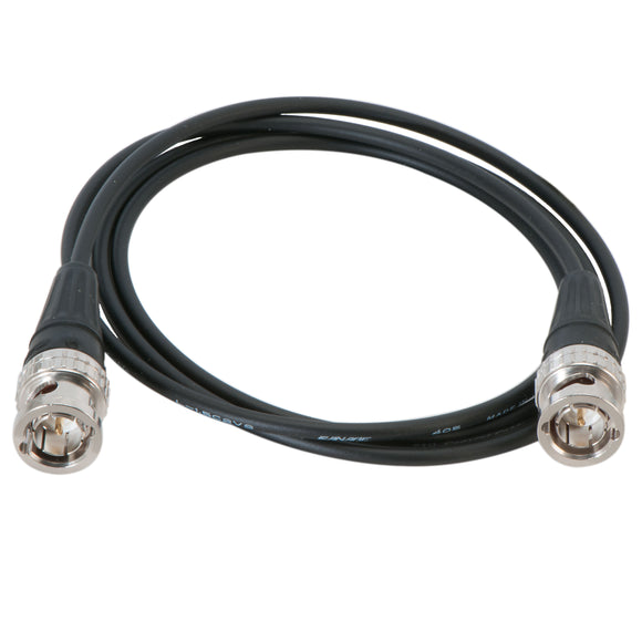 Mini BNC cable with boots
