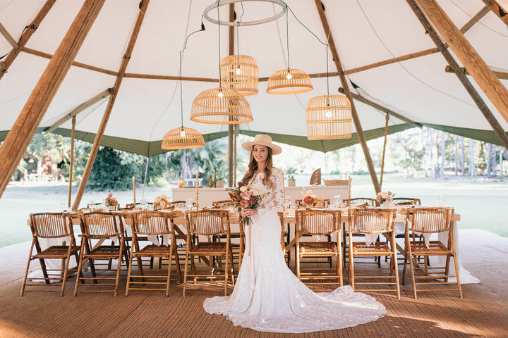 TIPI WEDDING: THE ACRE BOOMERANG FARM