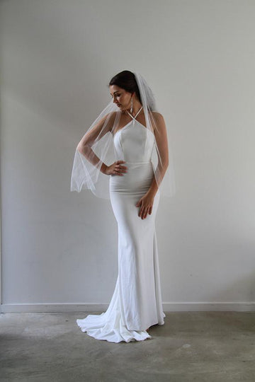 Single Short Tier Veil