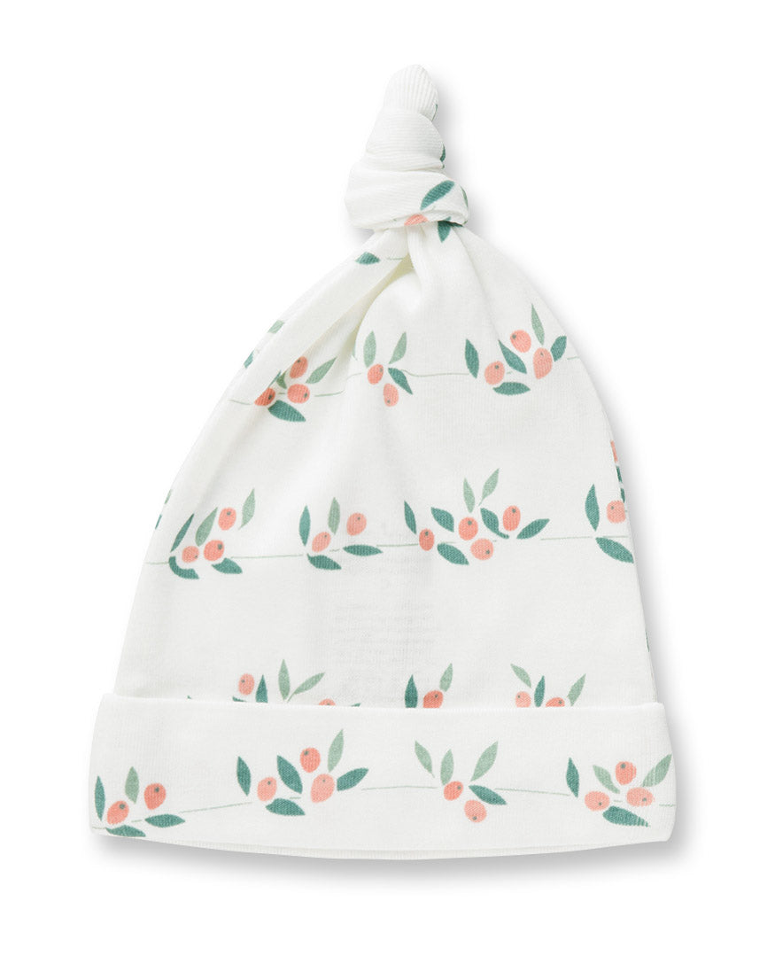 White hat with berry bud print