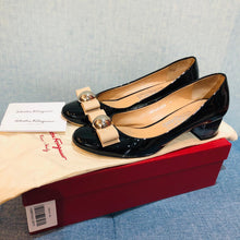 Load image into Gallery viewer, Salvatore Ferragamo Fiaetta 4cm Size37.5C