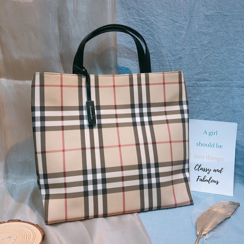 Burberry Checked Tote Beige (Used)