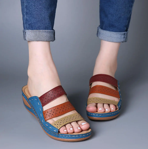 Women Color Block Platform Slippers