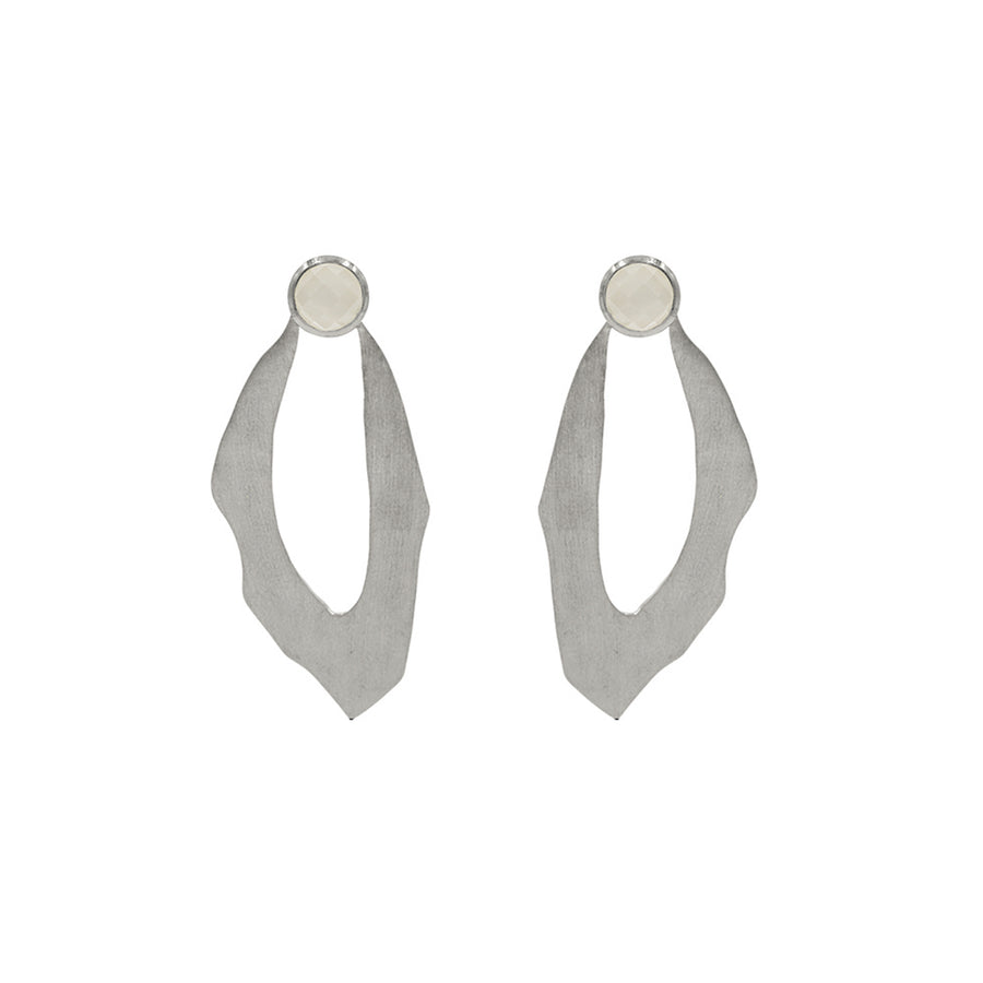 WADI EARRING IN STERLING SILVER WITH MOONSTONE
