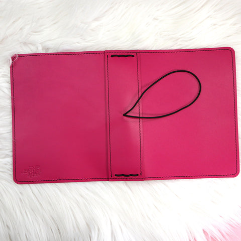 B6 WIDE Hottie Traveler's Notebook
