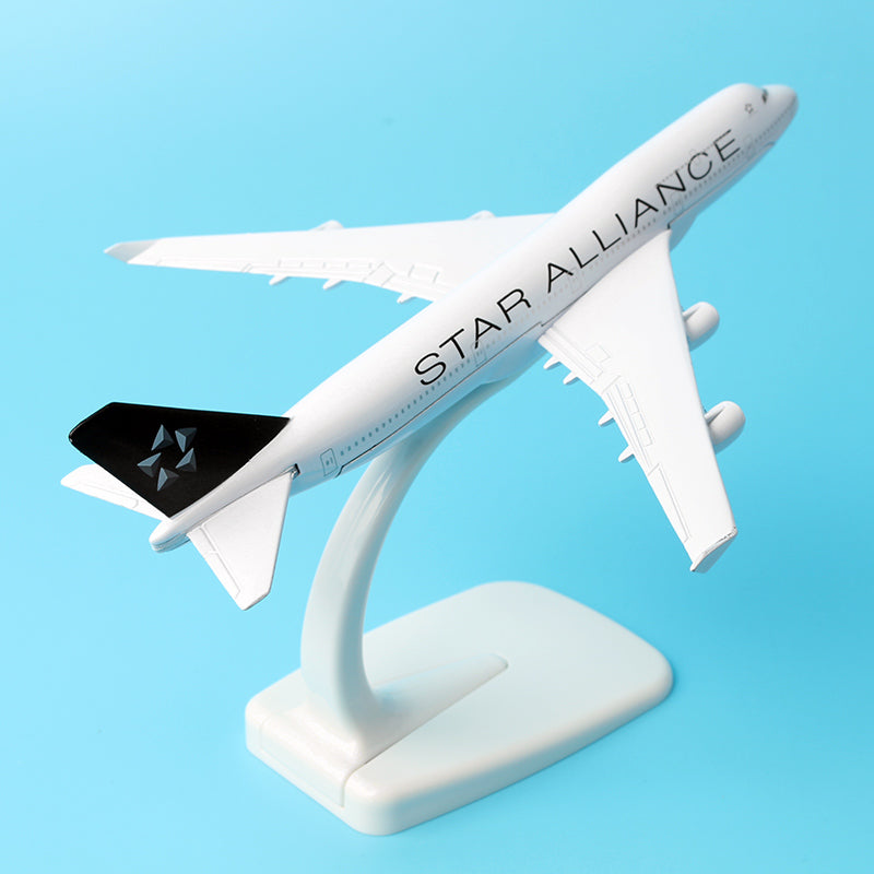 Star Alliance Boeing 747 - 400 16cm Alloy Metal Plane Airplane Models Child Gift Plane Models