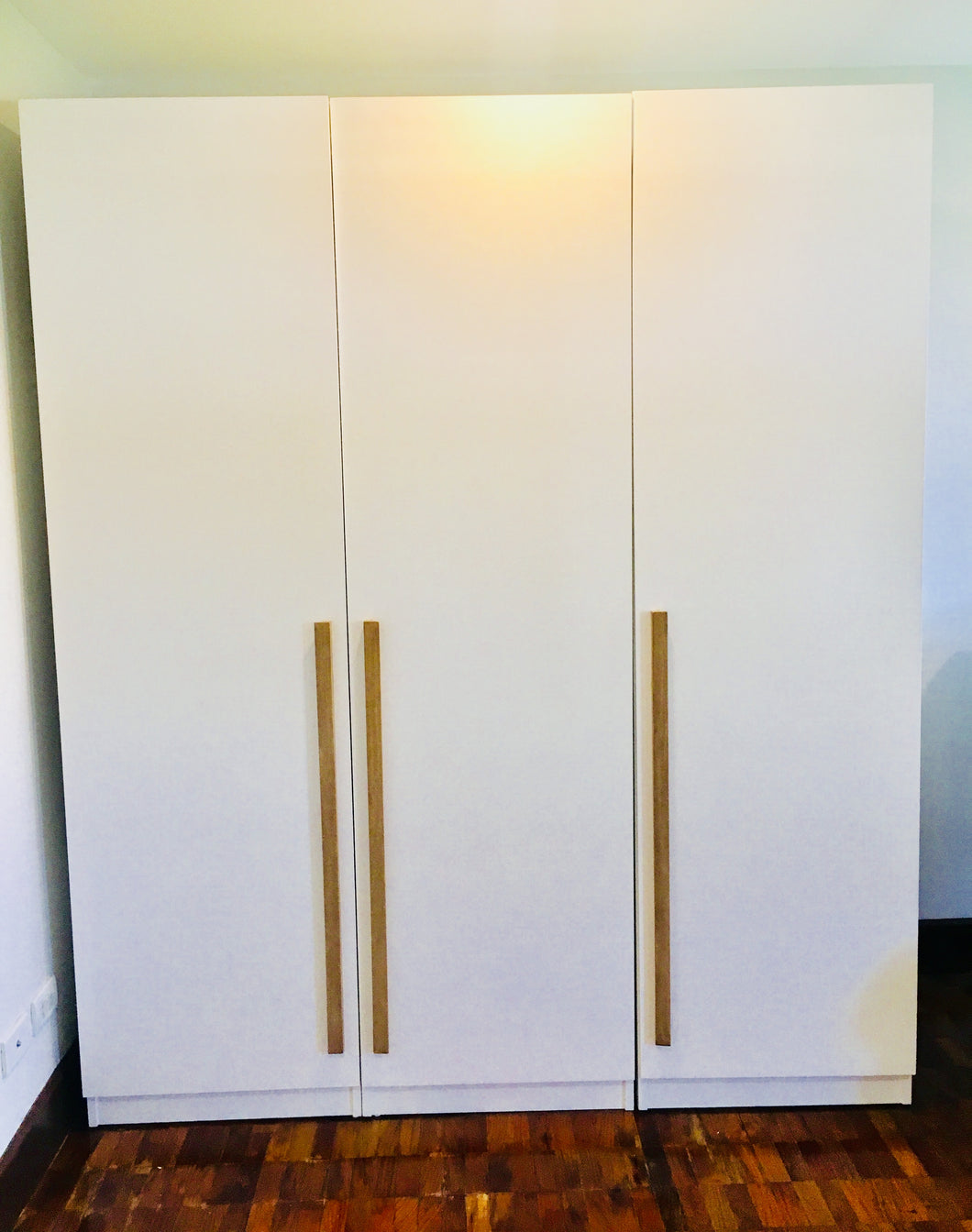 Free Standing Closet – Francis