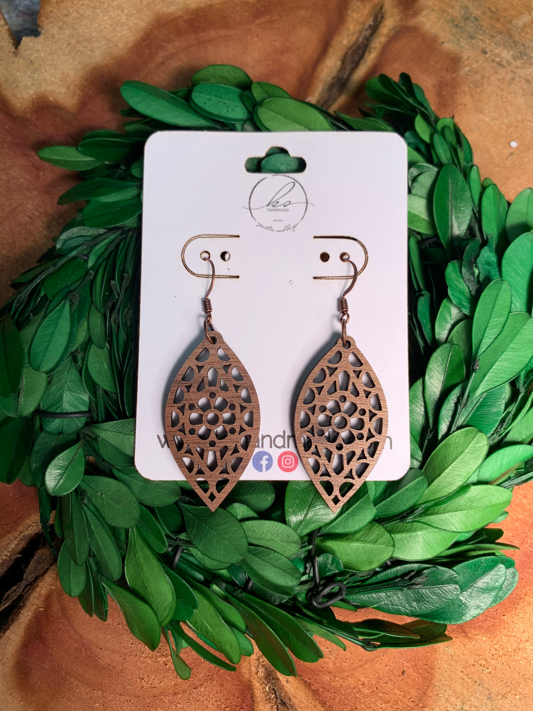 Laser Cut Wood Earrings-006