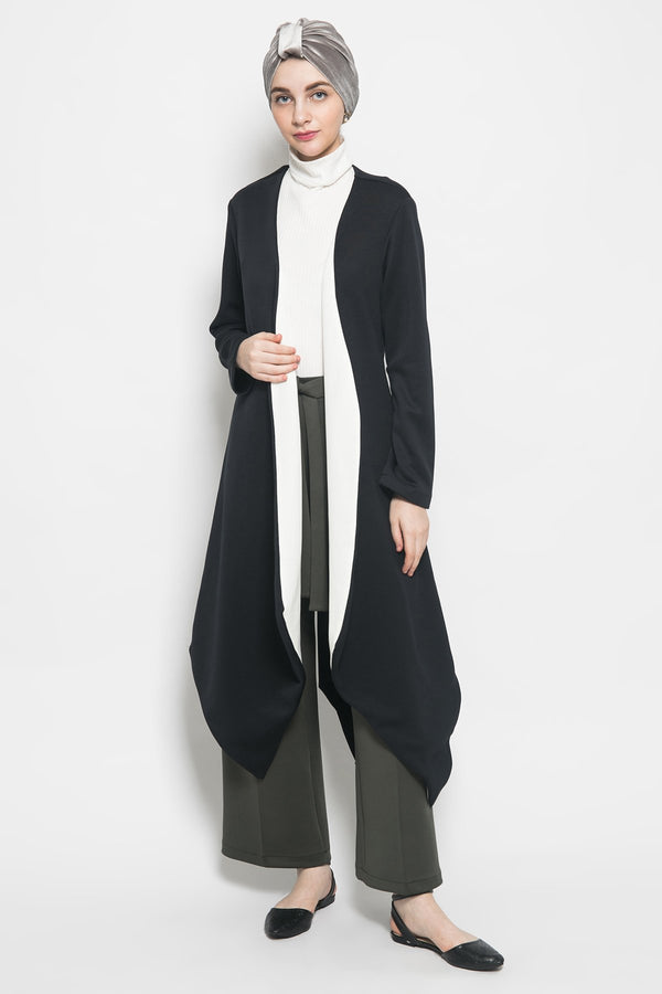 Galore Outer in Black