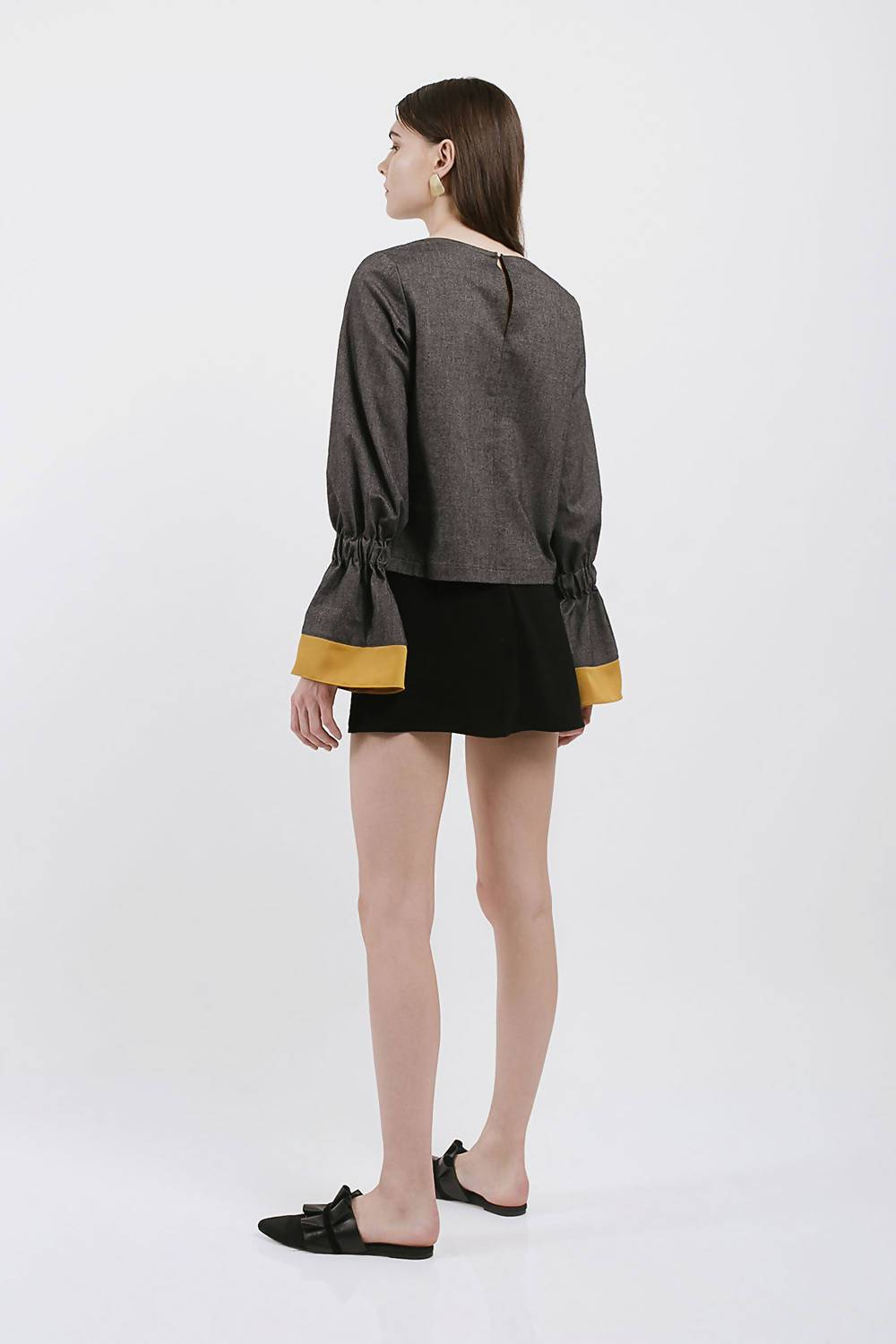 Frej Top in Charcoal