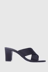 Essential Criss-Cross Heels in Black