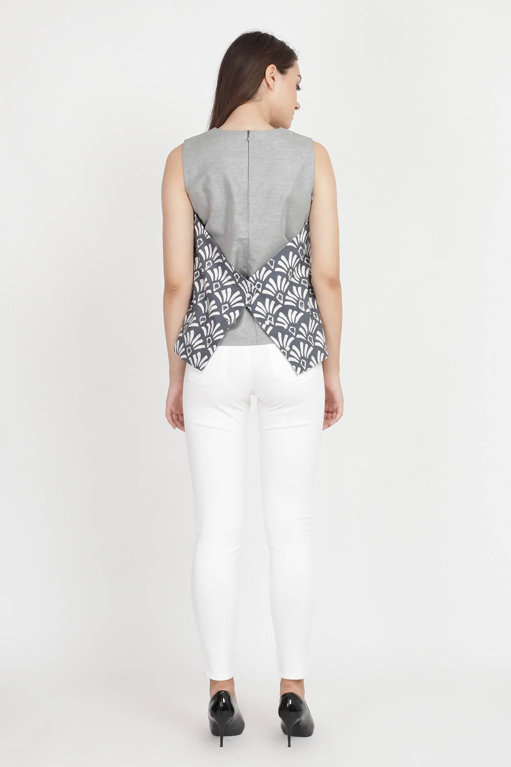 Solemn Batik Top in Grey