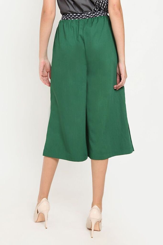 Kalia Pants in Green