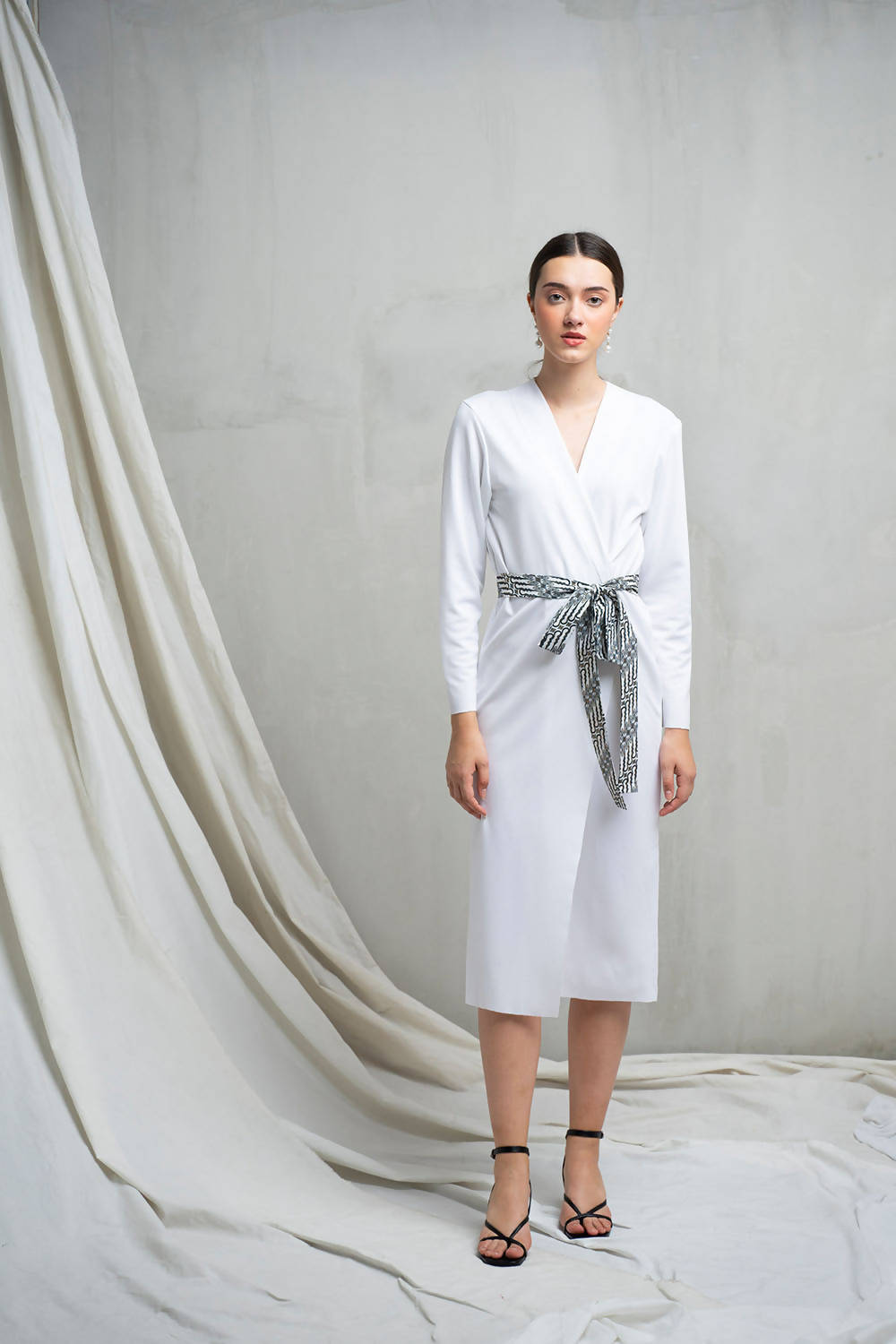 Yora Kimono Dress in White