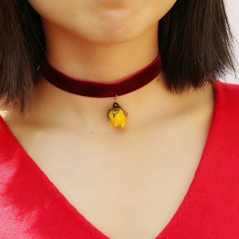 Beauty and the Beast - Immortal Rose Choker