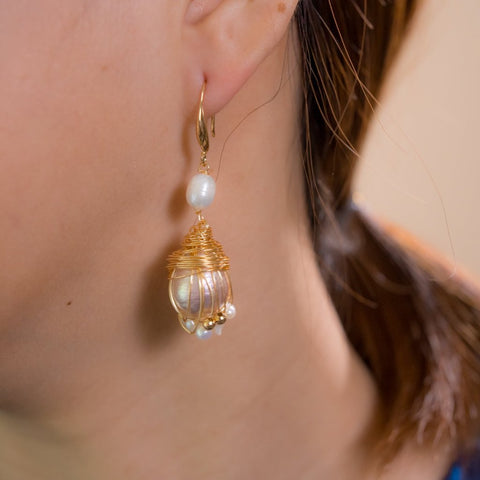 Image of Twisted Love - Freshwater Pearl Earrings