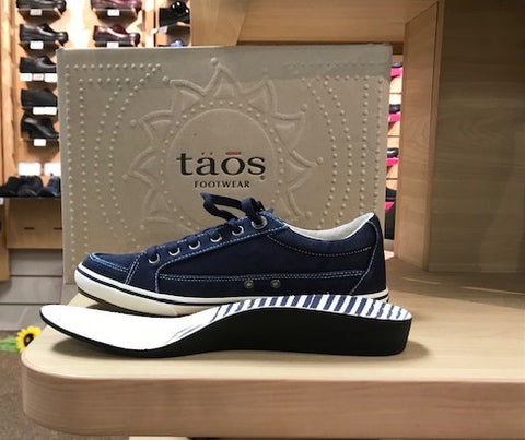 Taos Canvas Shoe
