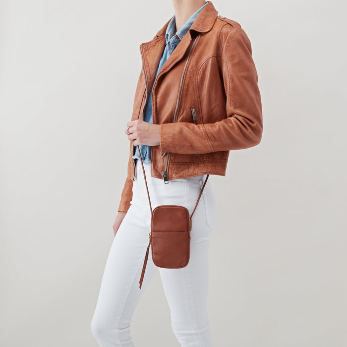 HOBO INTERNATIONAL FATE CROSSBODY TOFFEE Accessories Hobo