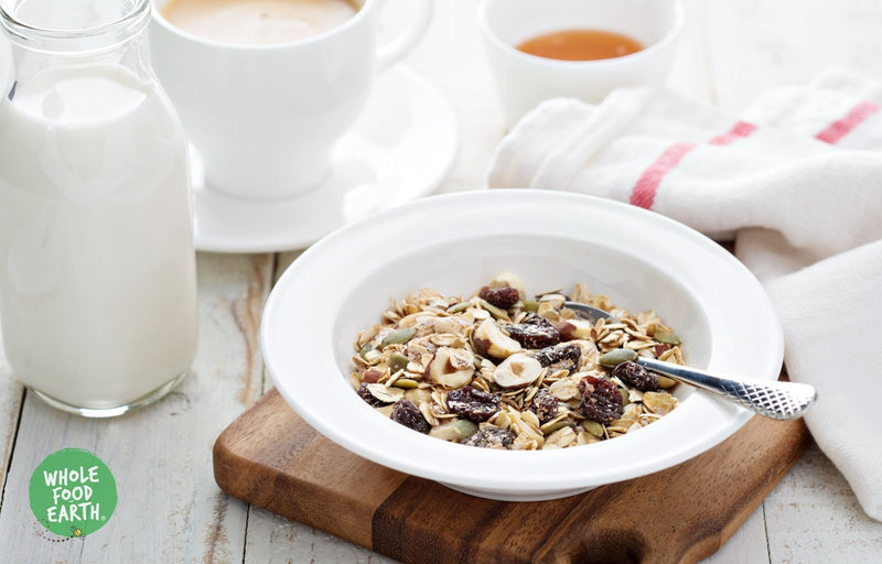 Wholefood Earth: Super Deluxe Muesli With Whole Nuts | GMO Free | Vegan | Dairy Free | No Added Sugar - Wholefood Earth® - 5056351404665