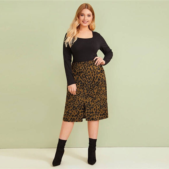 Split Faux Fur Leopard Skirt