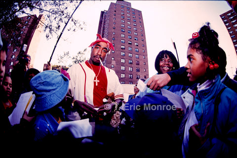 Tupac, signing autographs
