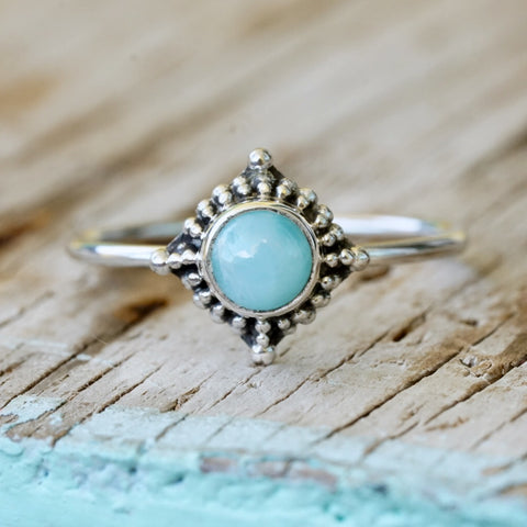 Moonstone Bead & Twist Ring Oval