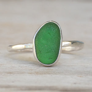 Kelly Green sea glass ring