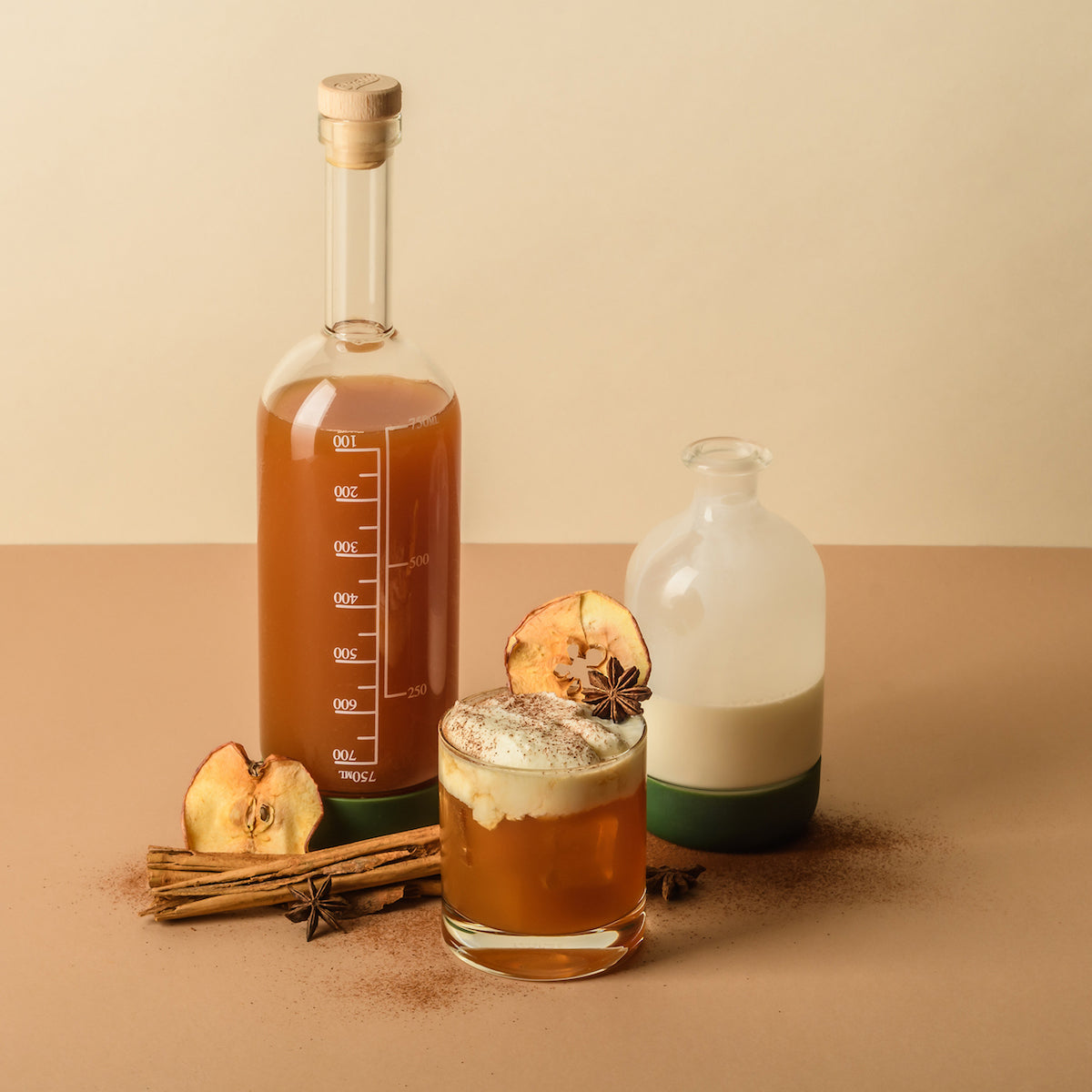 Fall cocktail recipe cinnamon