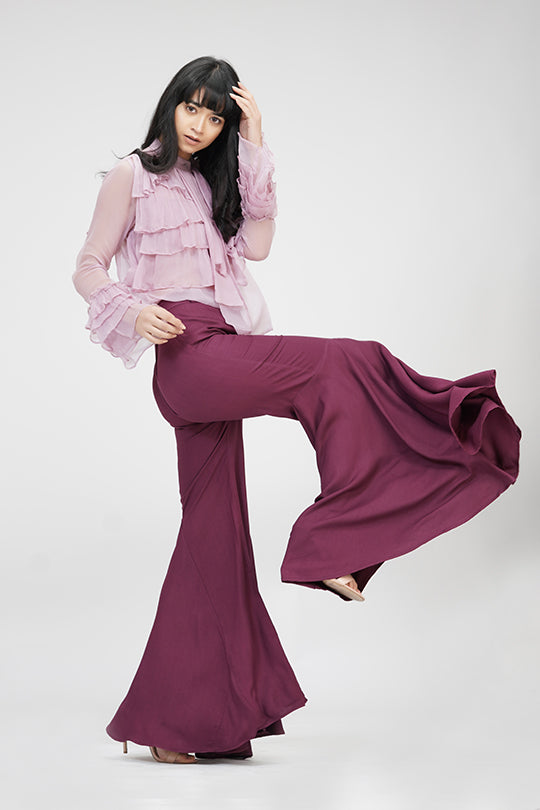 Bell-pants | IN MY CLOTHES | Shop online | premium casual clothing for women | Wine color | Trousers | bell-bottoms